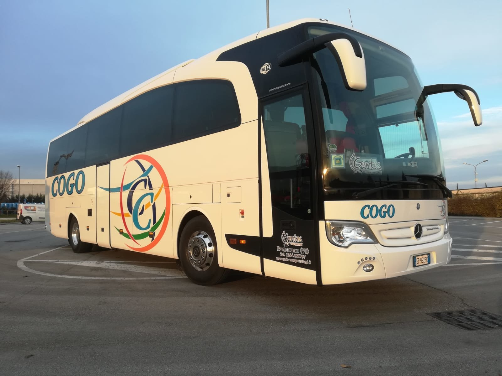 Mercedes Travego RHD